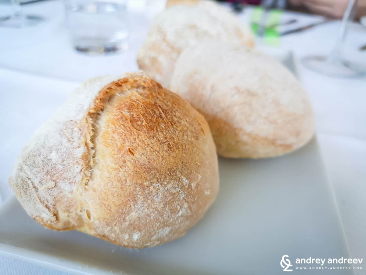 Delicious breads at Osteria Origano