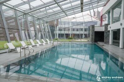The indoor pool at Uva Nestum