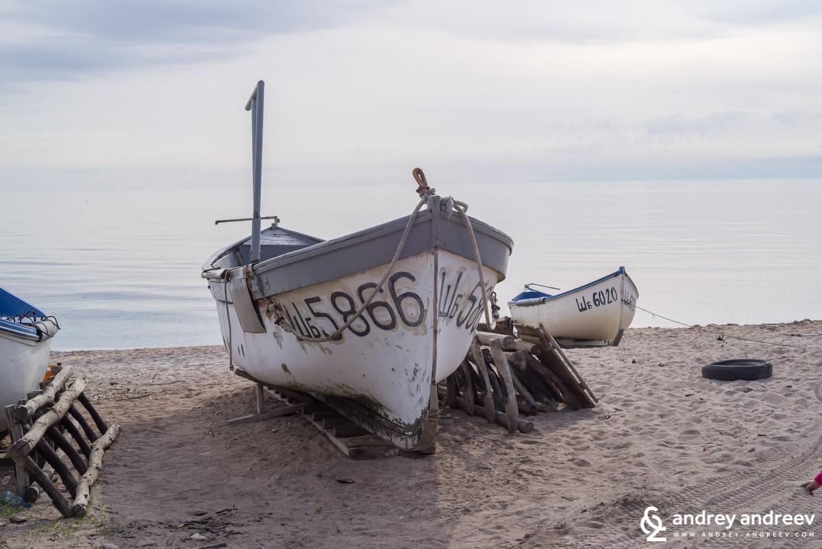 И още рибарски лодки, не знам за вас, но за мен това си е чаровно място