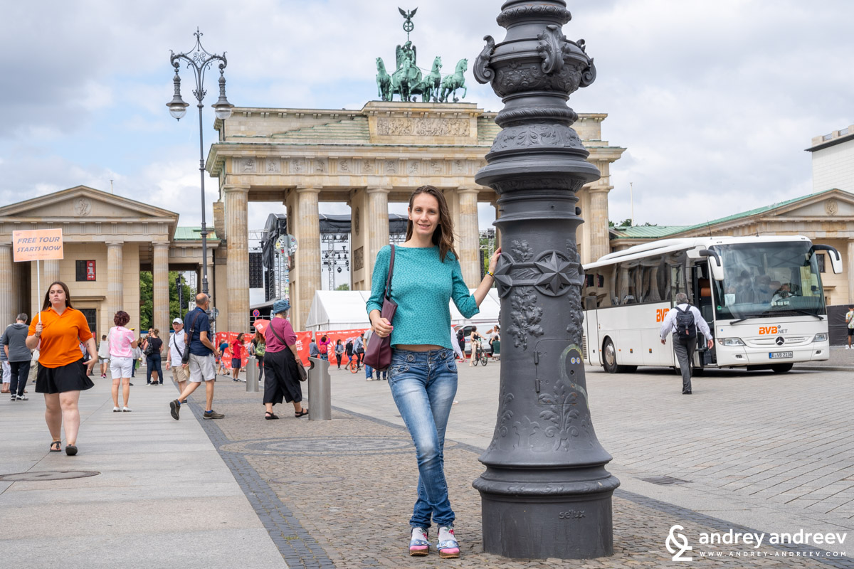 Maria at the Brandenburg gate in Berlin