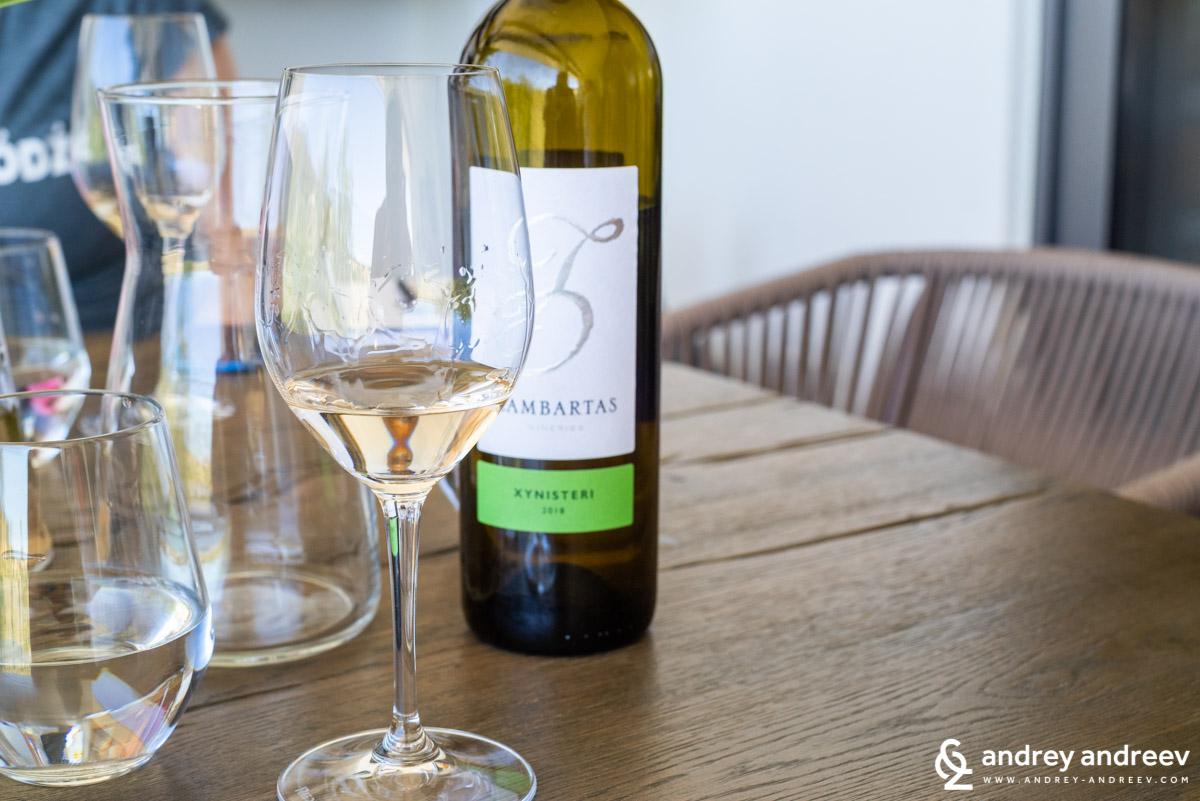 И все пак, виното в Кипър е едно от нещата, които трябва да се опита
