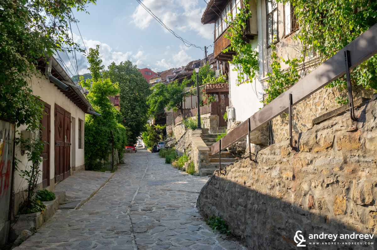 The old streets of Veliko Tarnovo, Bulgaria