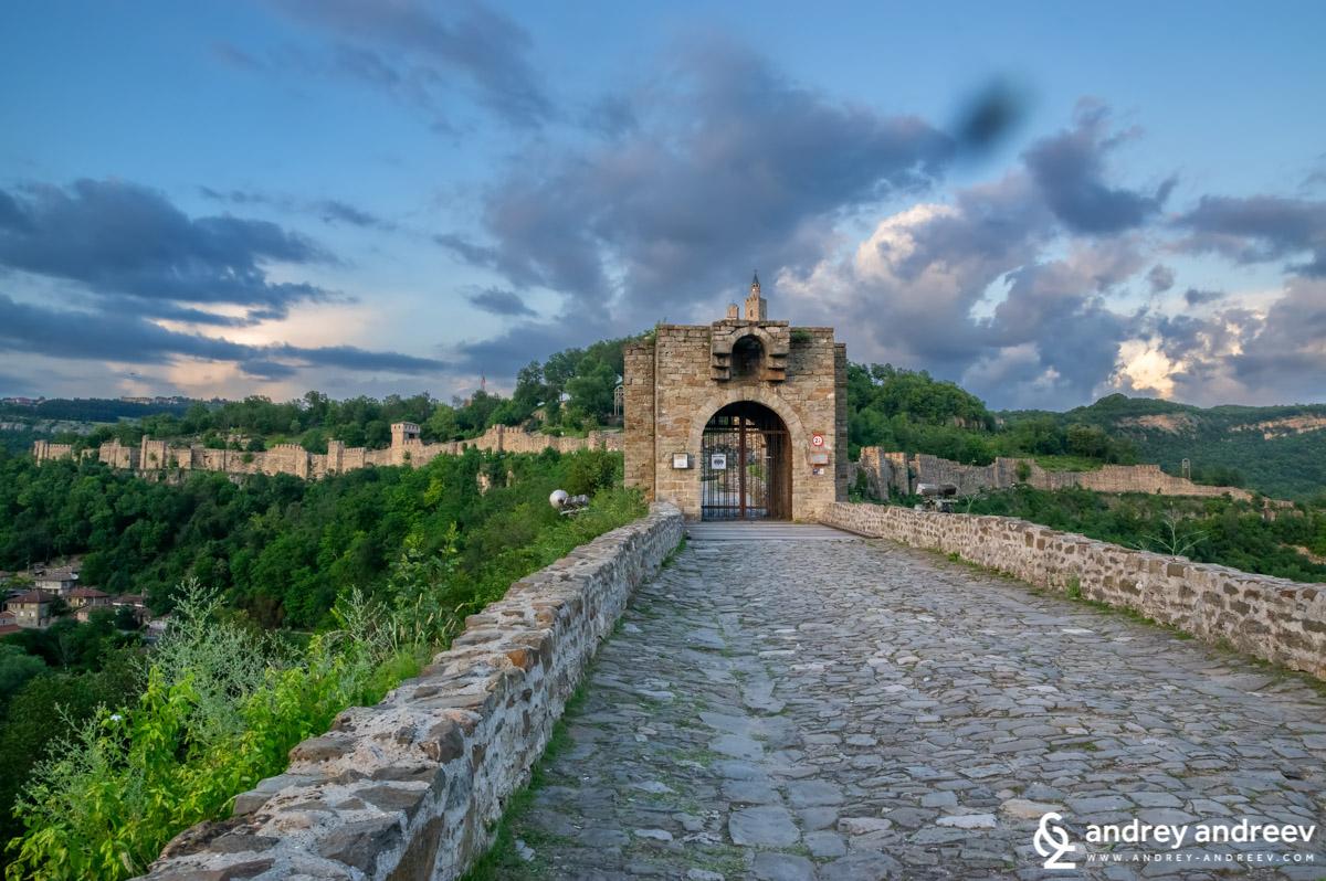 Tsarevets fortress on sunset