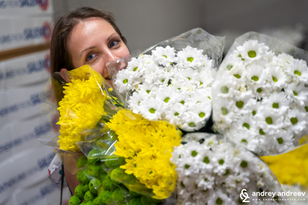 Maria in the fridge with chrysanthemums