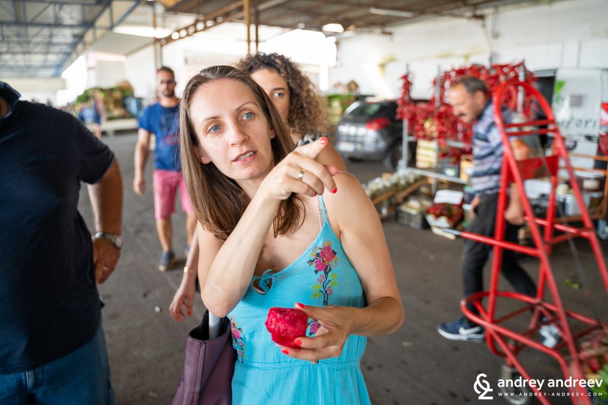 Мимето на пазара в Тавиано
