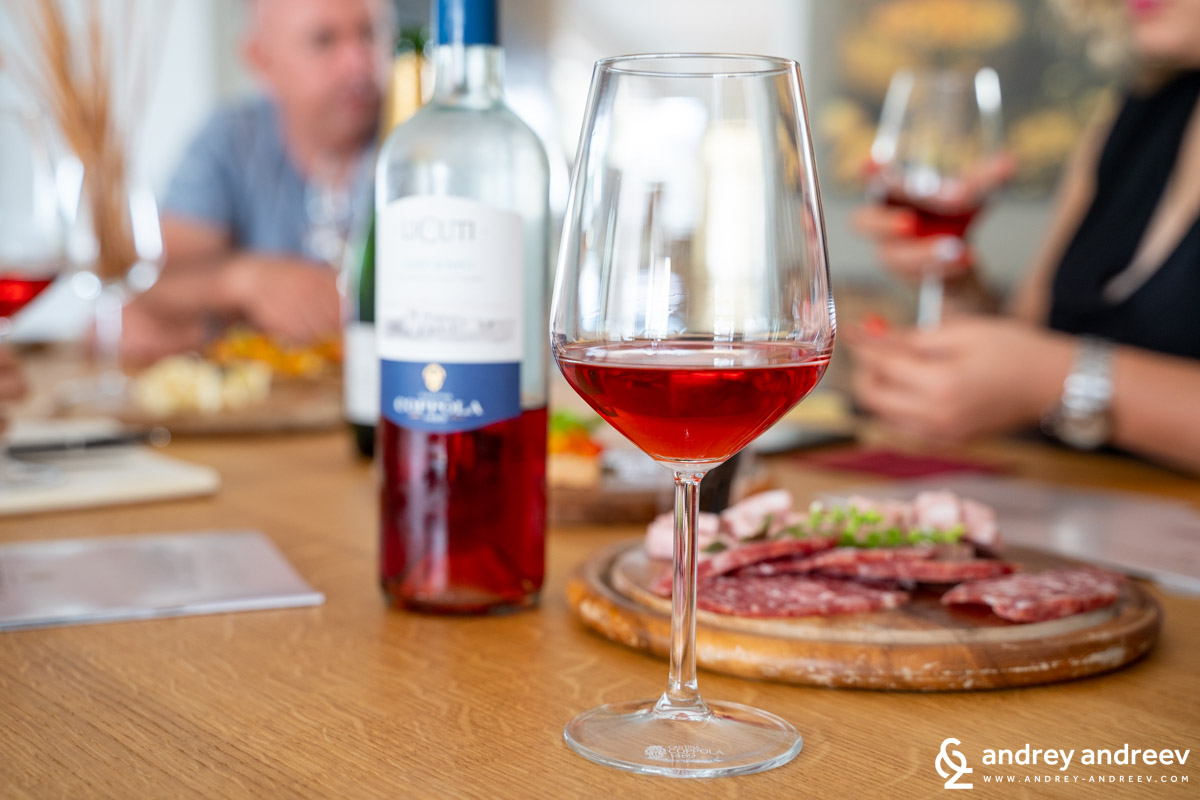 Rosatto (rose wine in Italian) should be pink - as says the legislation in Salento. Li Cuti 1489 Alezio DOC Rosato Negroamaro 2018