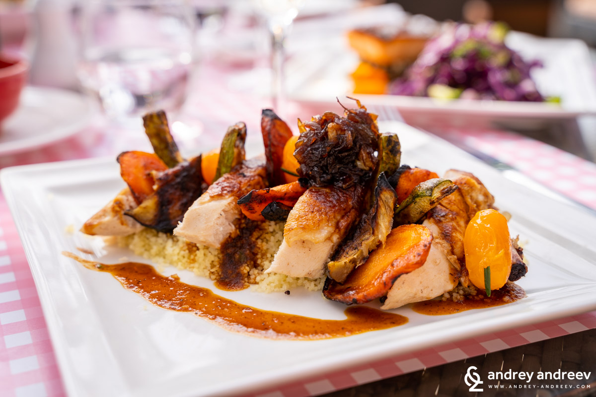 Delicious chicken with vegetables at Jamra restaurant, Movenpick Marrakech