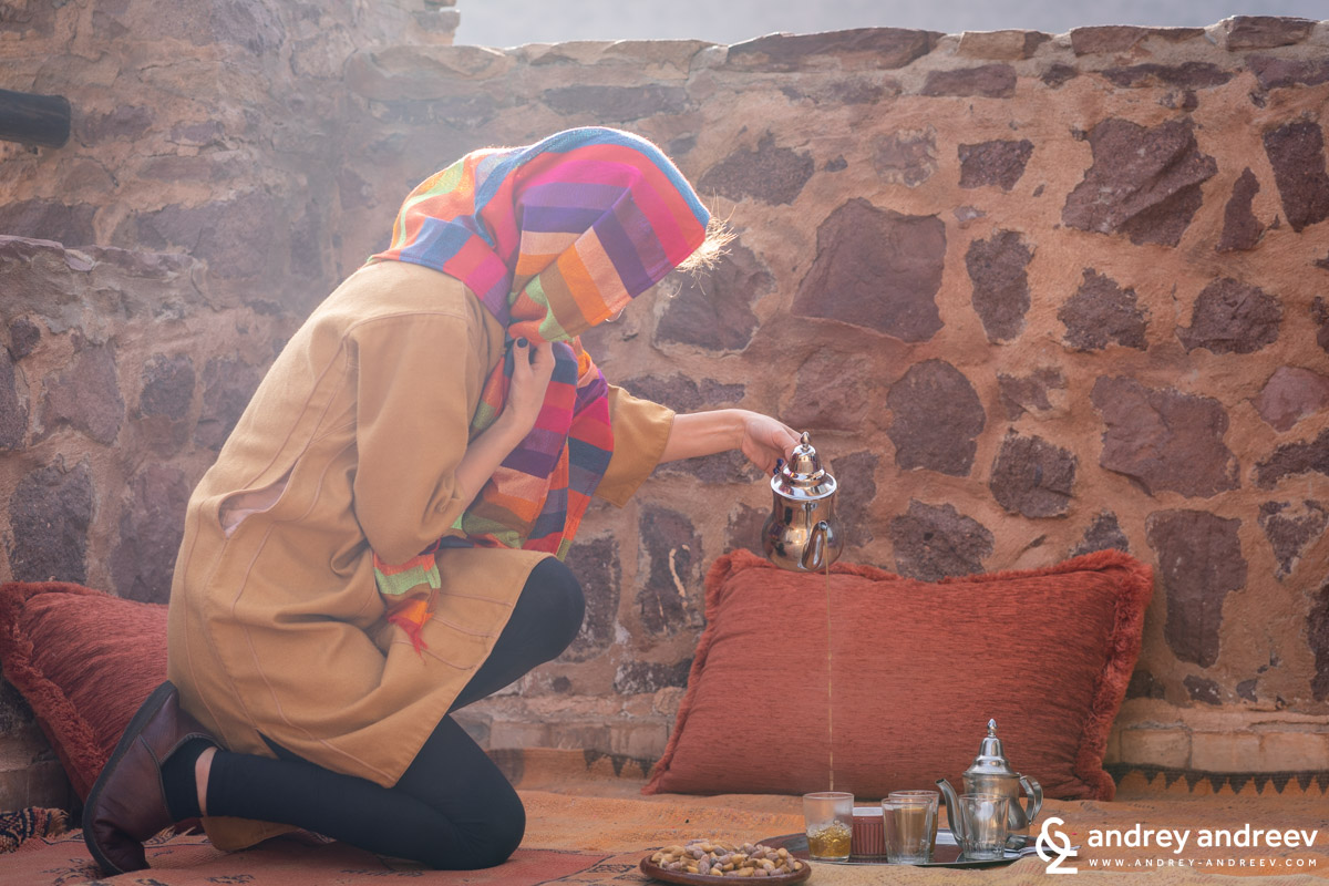 Maria as a Berber, sipping tea