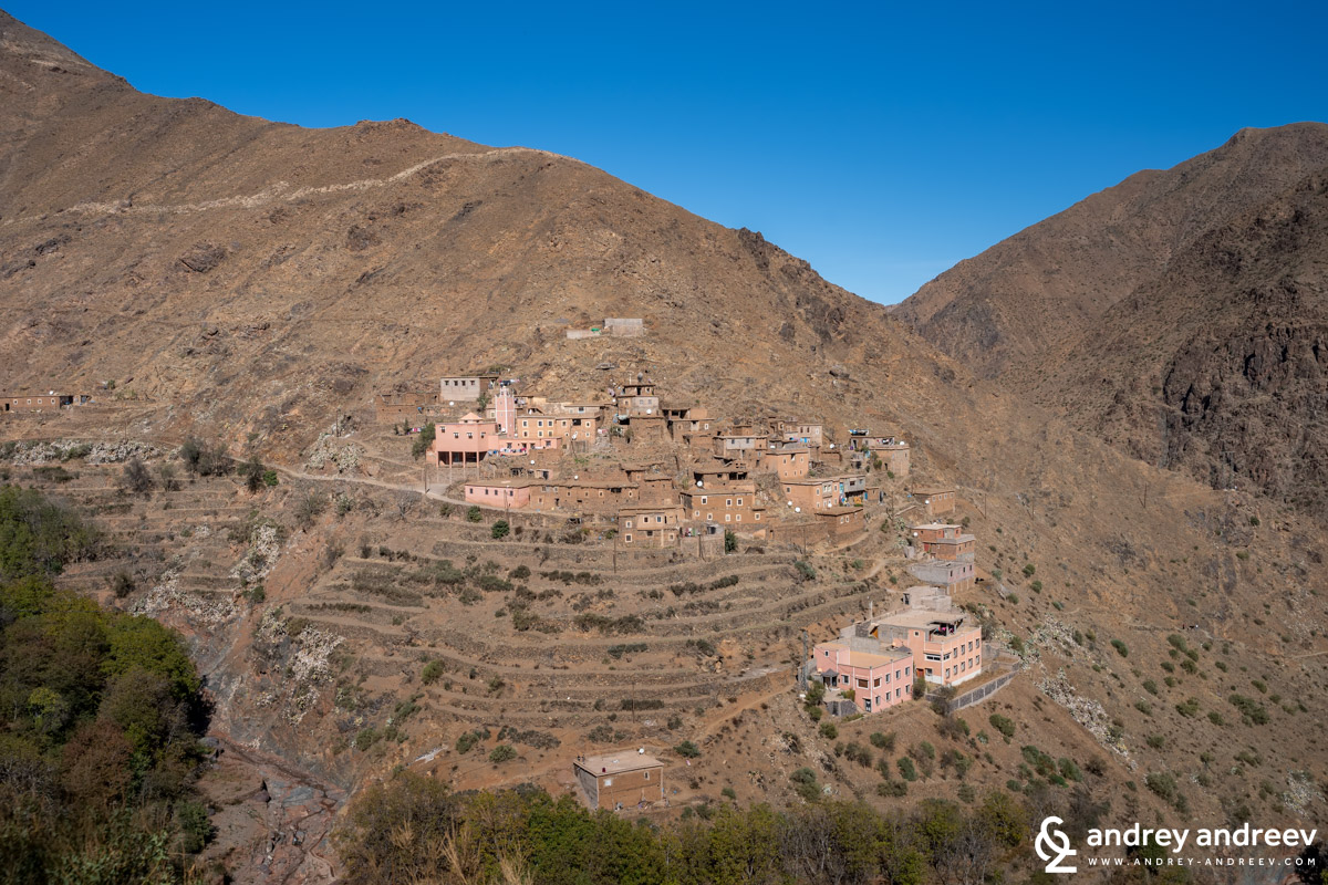 A village with interesting terraces on the slope