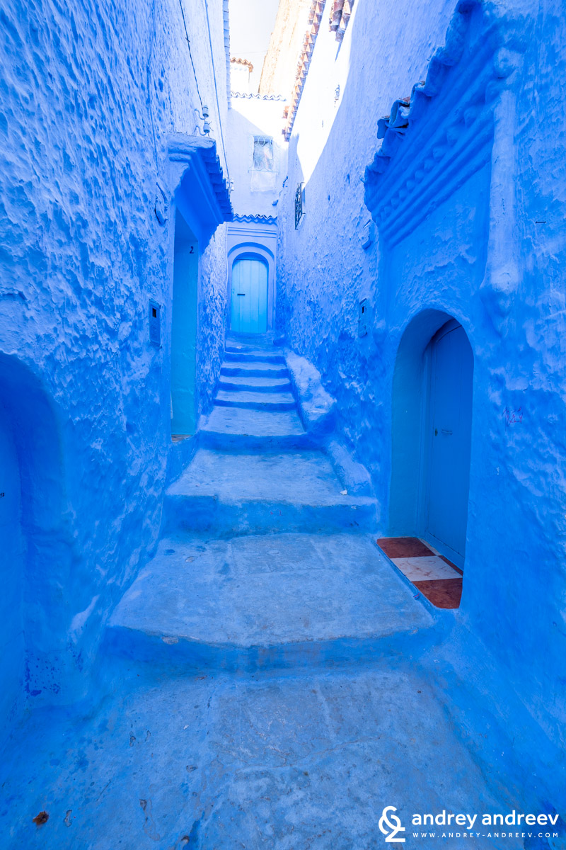 Some of the streets in Chefchaouen are painted blue from the bottom to the top and look iced. Others are just partially blue