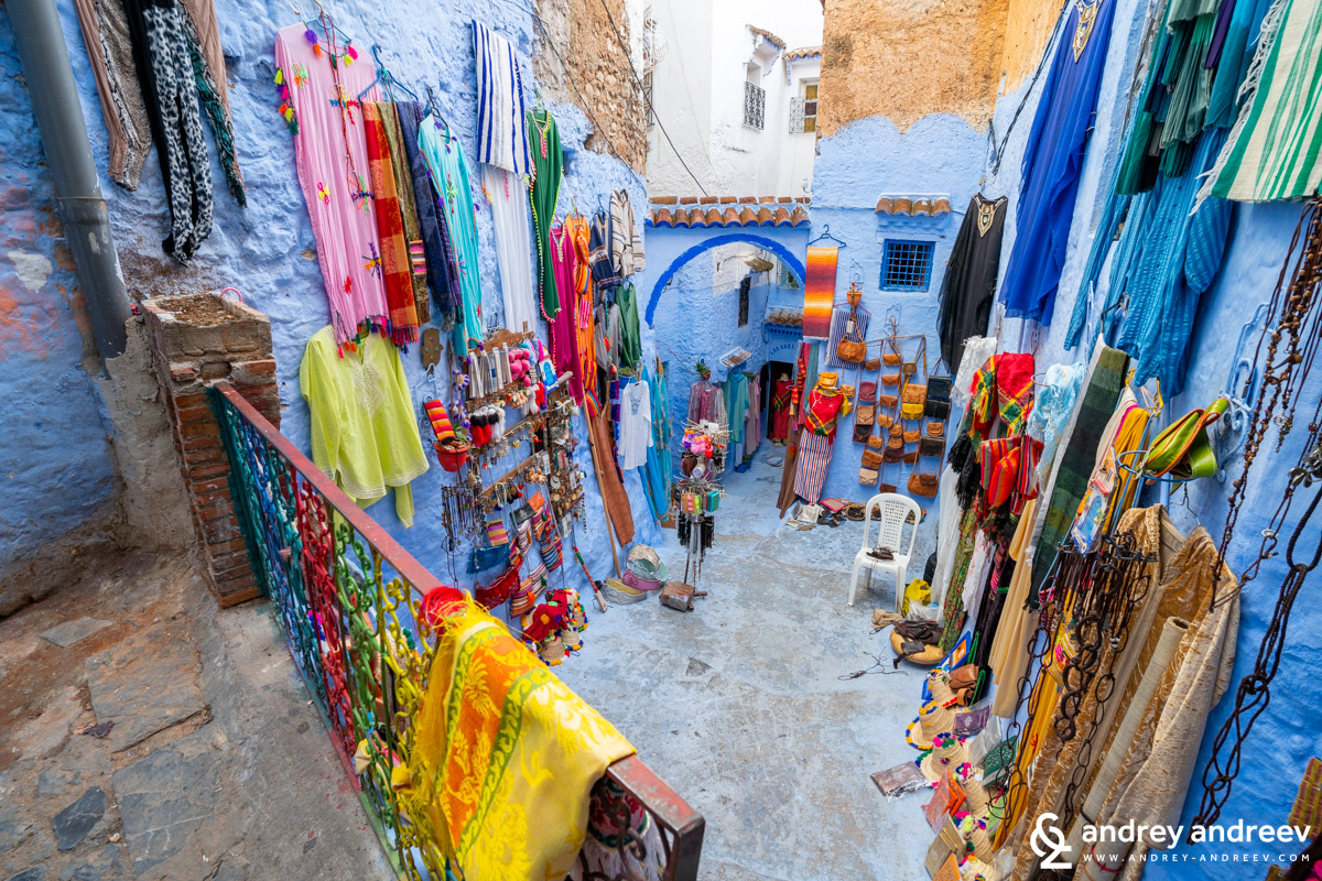 Colourful shops in Chefchaouen