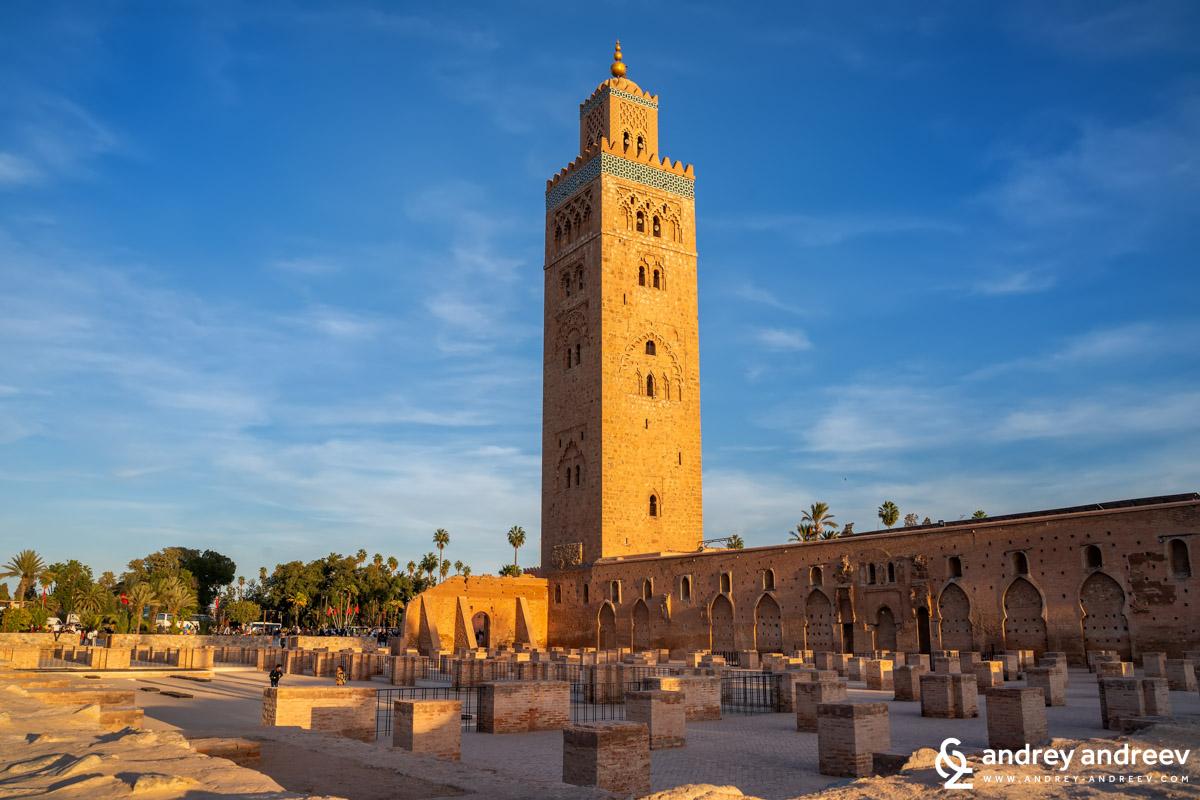 Джамия Кутубия и останките от първата джамия