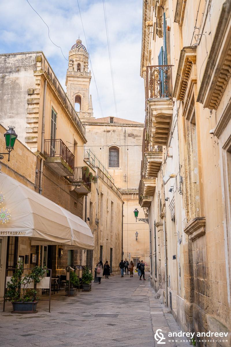 Лече, южна Италия