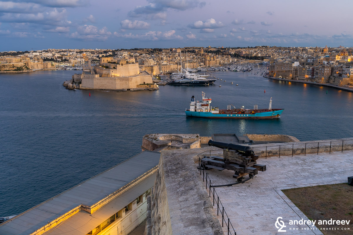 Birgu and Fort St. Angelo, seen from the Upper Barrakka Gardens
