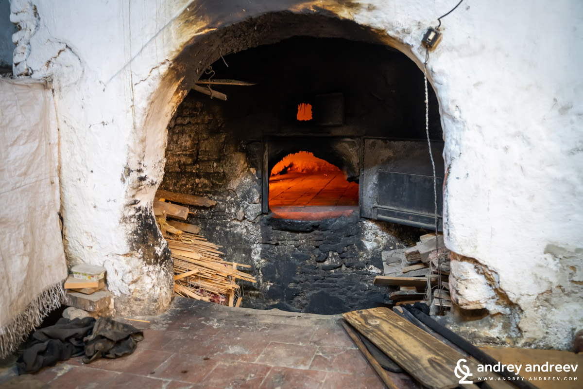 A bread oven in Fes