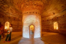 Поморийската гробница – храм на много епохи