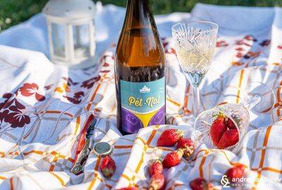 Pet-nat Ризлинг 2018 от винарна Царев Брод