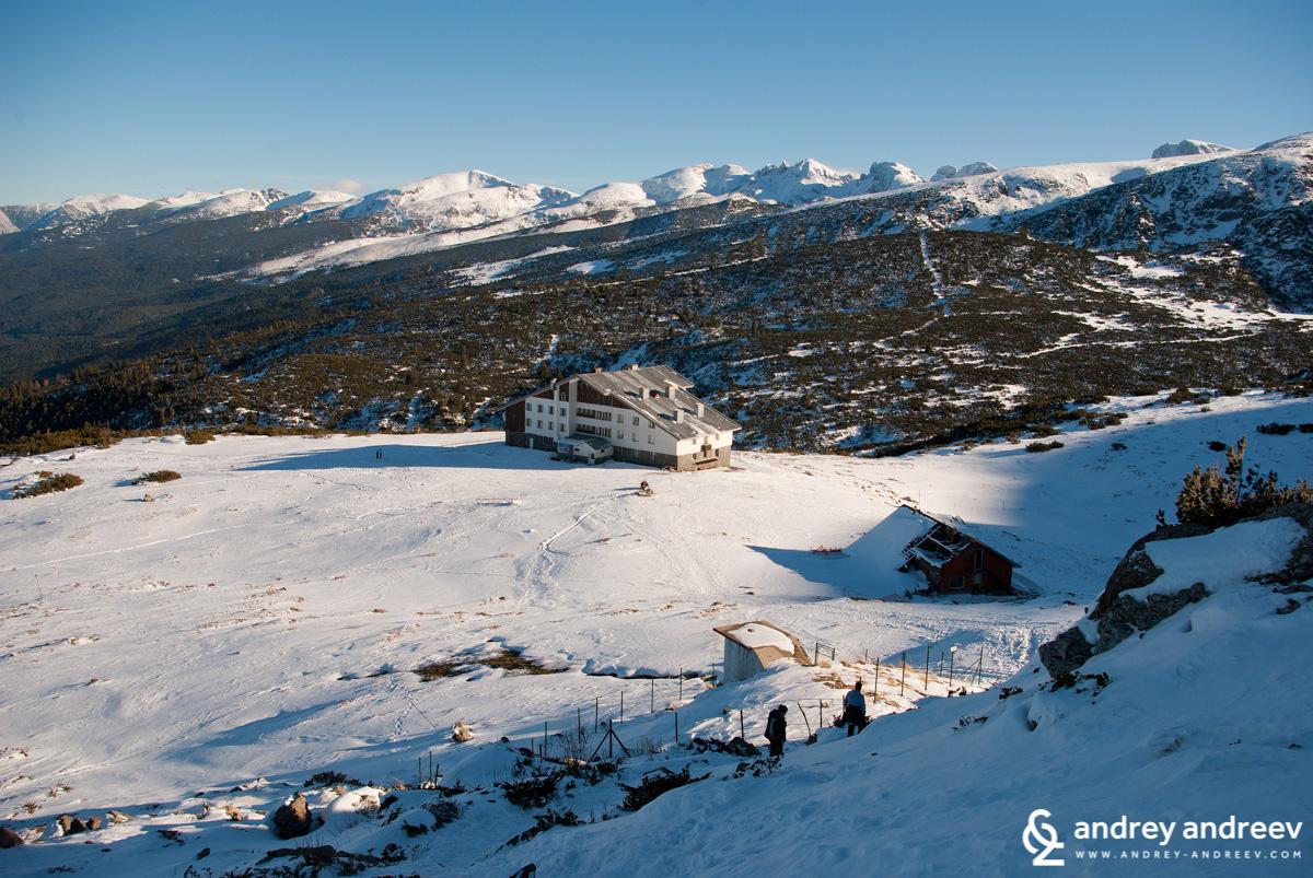 The area around Rila Lakes Lodge in the snow