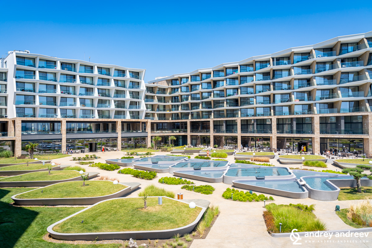 Wave Resort Bulgaria and the fountains