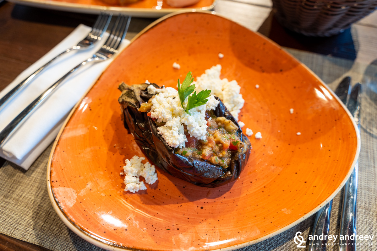 Stuffed eggplant with cheese and vegetables