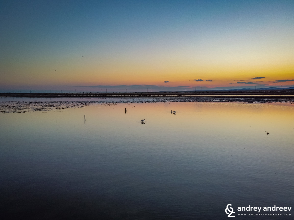 Вечер край Поморийското езеро