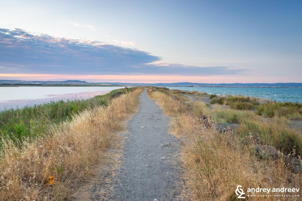 Пътечката по косата на Поморийското езеро