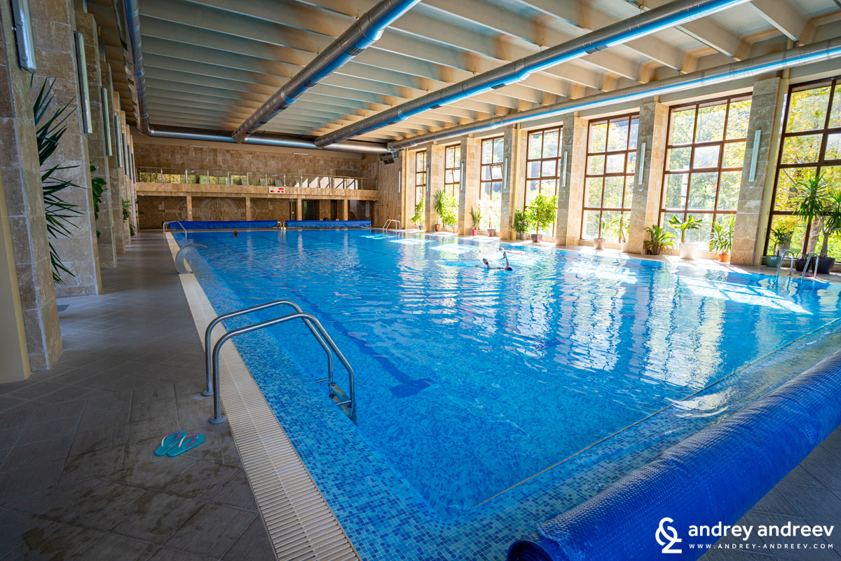 Големият 25-метров басейн на Терма Вита