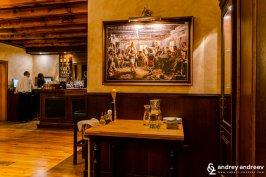 Bourchier House ресторант в София - репродукция на картината Ръченица на Ян Мърквичка