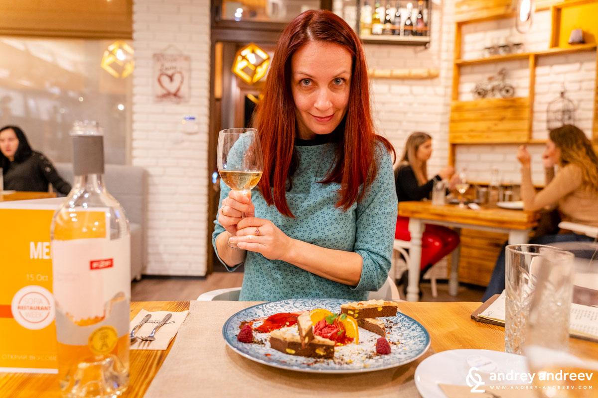 Мими и нейния десерт - шоколадово брауни