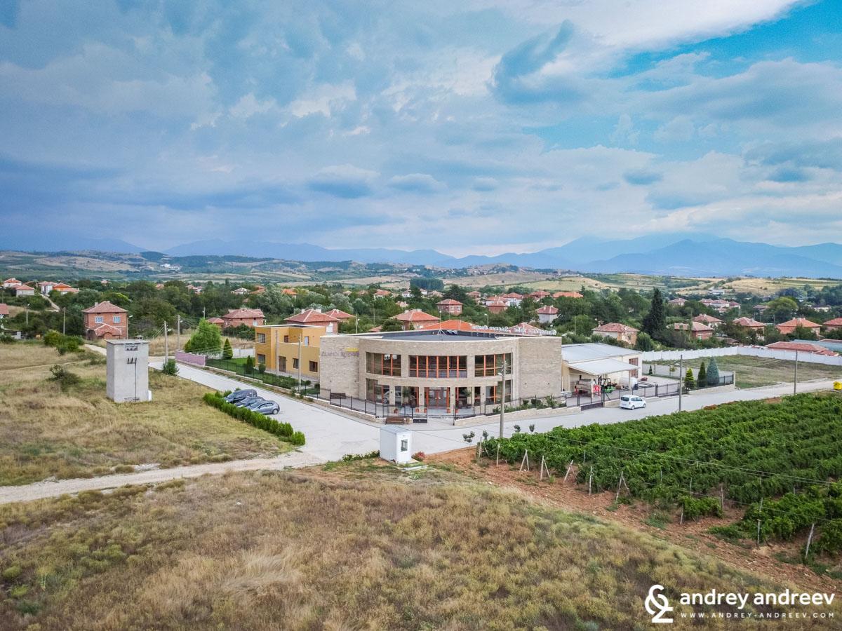 Zlaten Rozhen wine cellar in Kapatovo village, Bulgaria