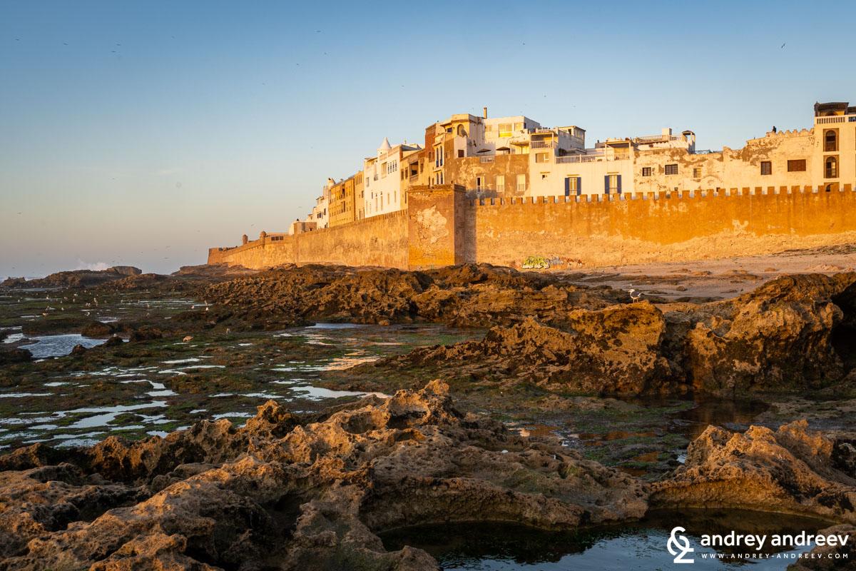 Крепостните стени на старата част на Есауира. Мароко